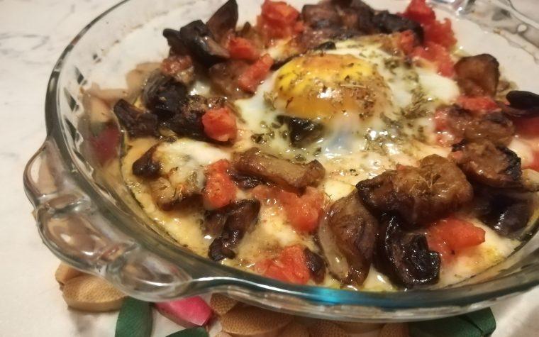 Cocottine di uova e melanzane