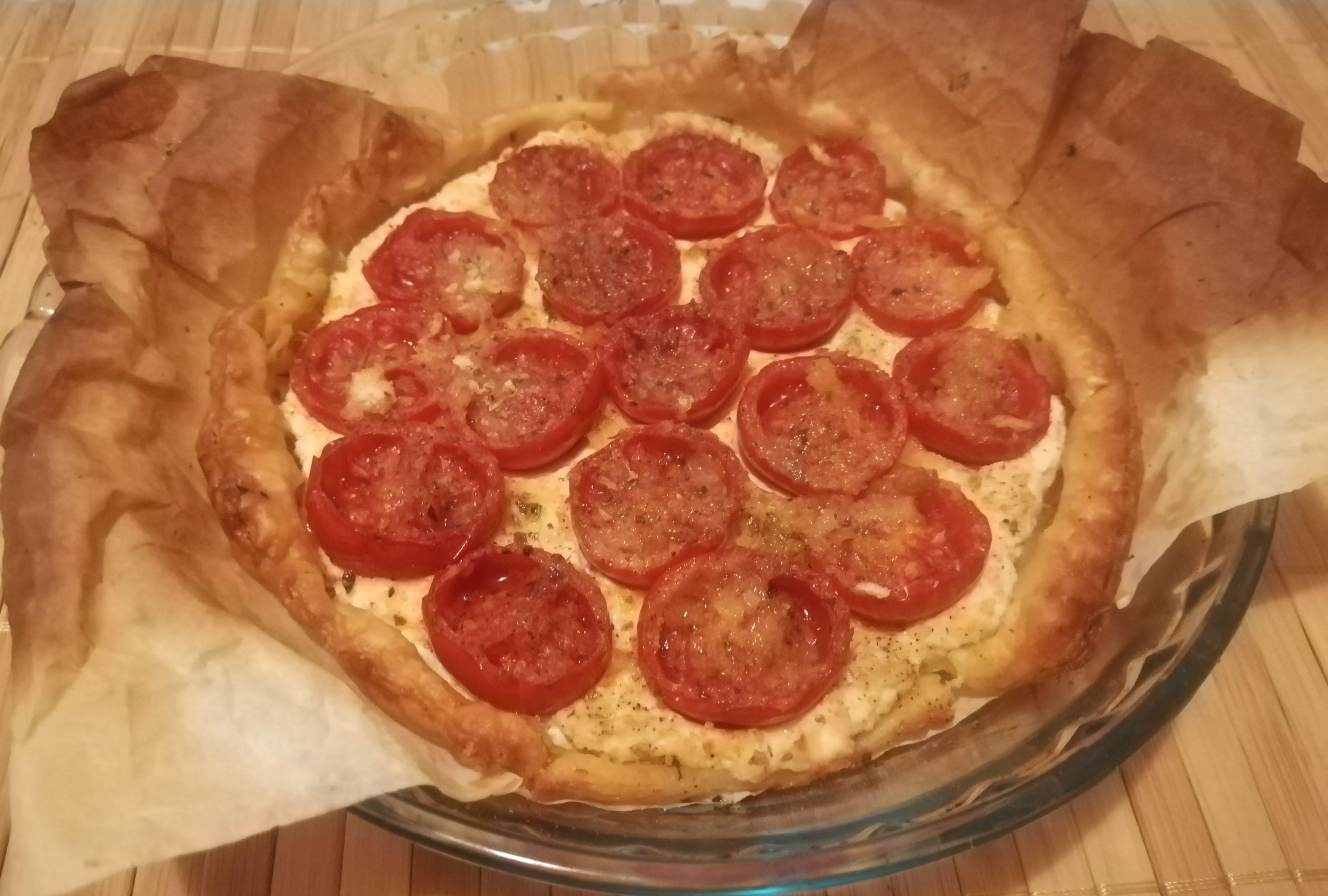 Crostatine con ricotta e pomodorini