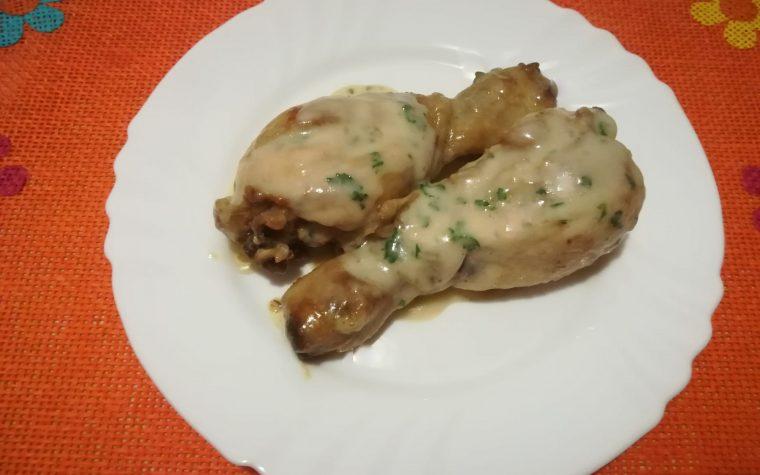 Pollo in salsa bianca alla bucarestina