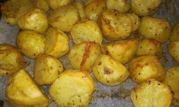 Patate al forno agli aromi