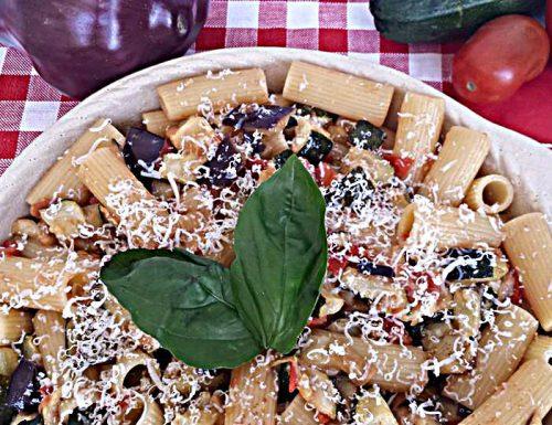 Rigatoni zucchine,melanzane e pomodorini