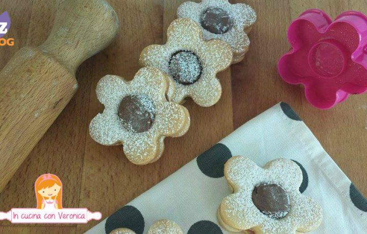 Biscotti fiorellini alla nutella