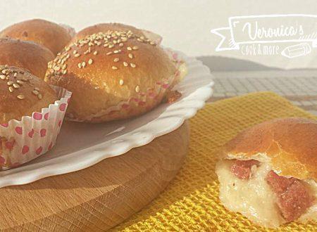 Muffin Danubio salame e mozzarella