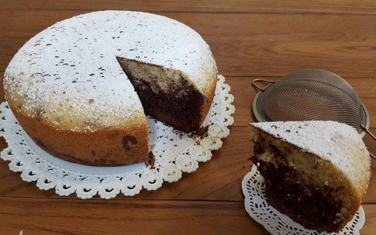 Torta bicolore con con Pentola GM