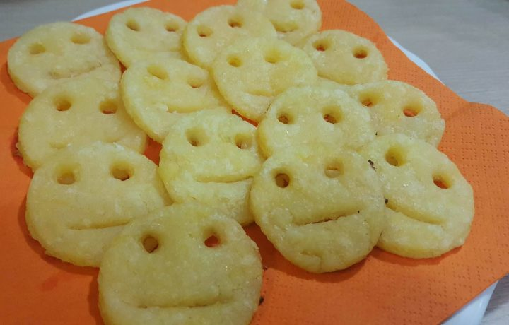 SMILE POTATOES