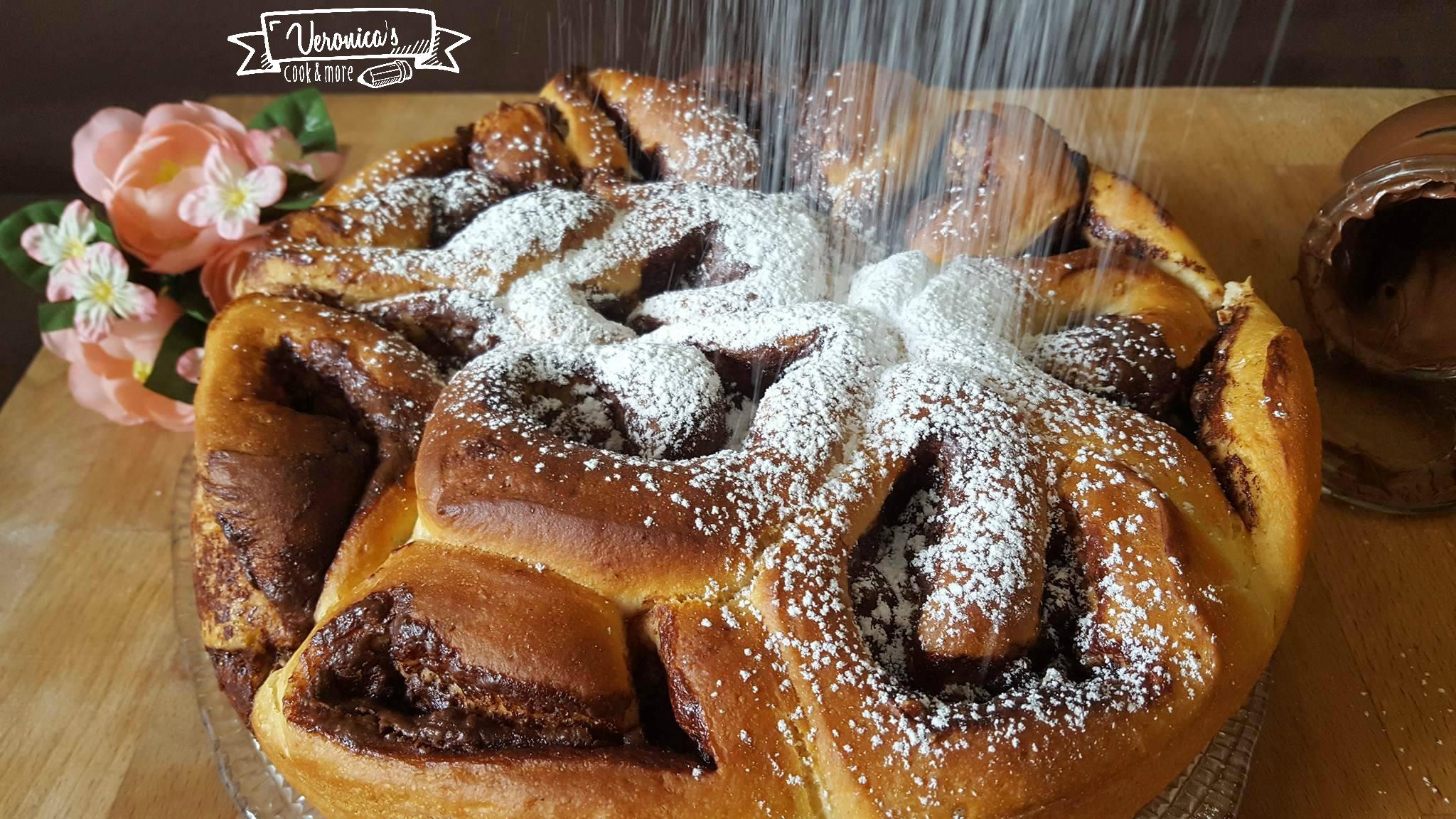 BRIOCHE TORTA DI ROSE ALLA NUTELLA
