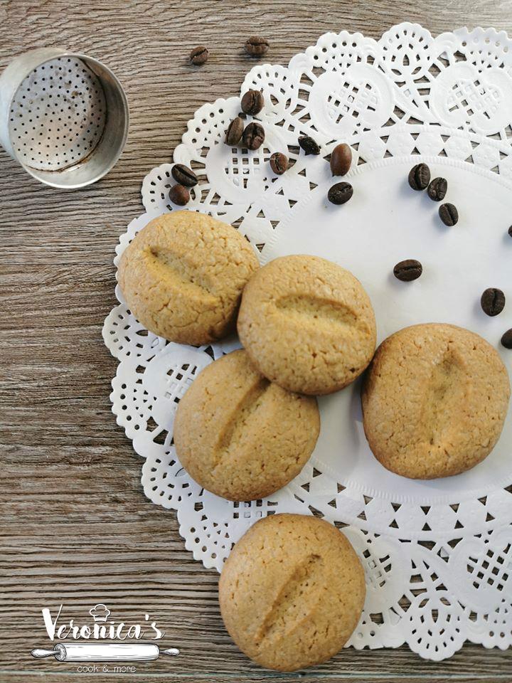 BISCOTTI AL CAFFE' E CANNELLA RICETTA BIMBY
