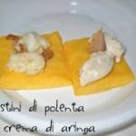 Crostini di polenta con crema di aringa