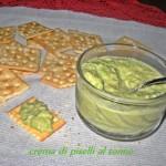 Crakers con crema di piselli