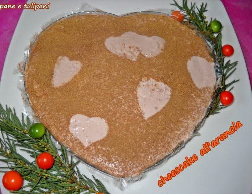 Cheesecake all'arancia con fette biscottate