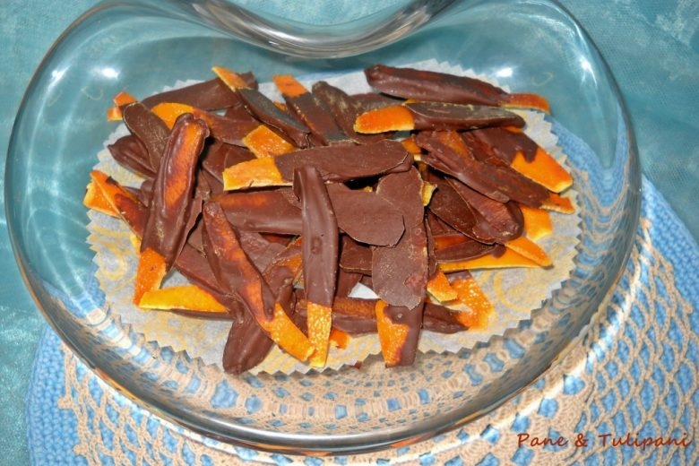 Bucce di arancia candite al cioccolato
