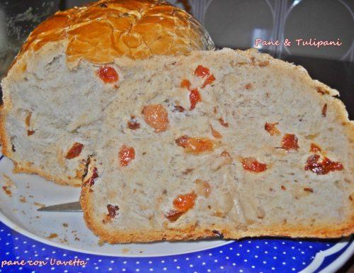 Pane dolce con uvetta