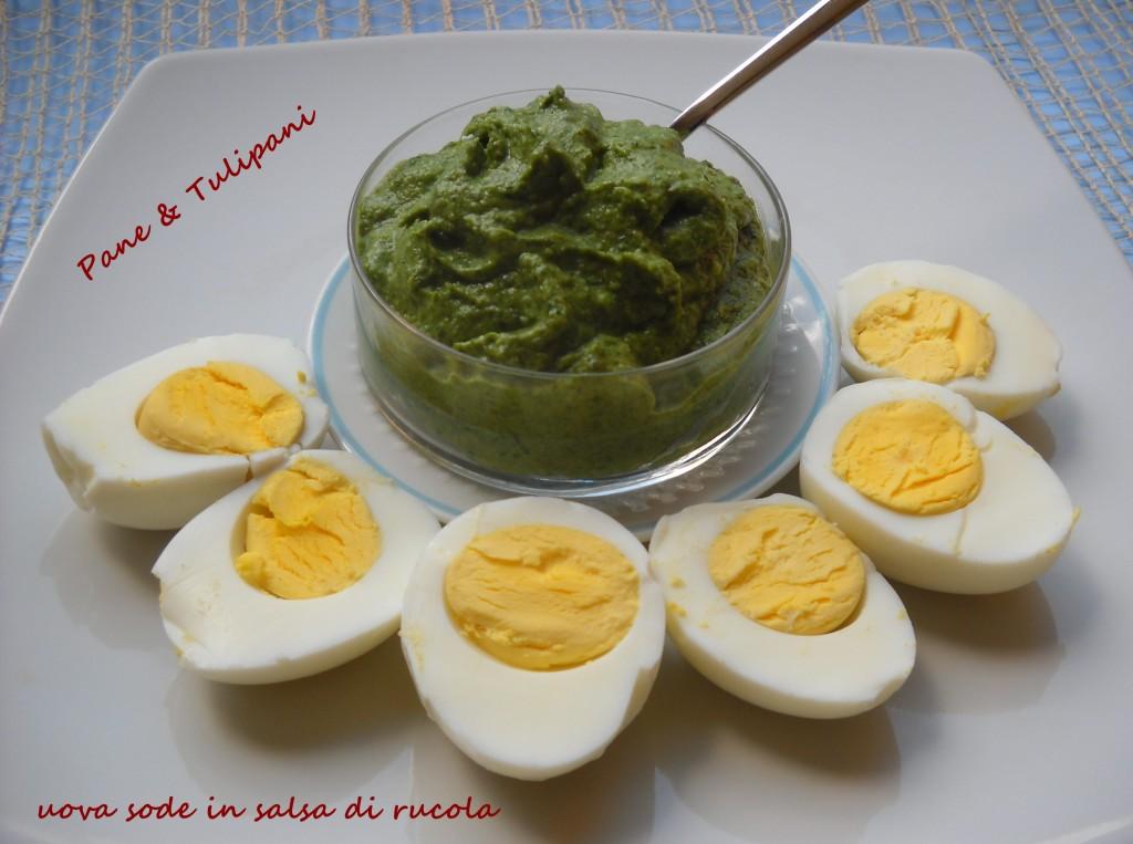 Uova sode in salsa di rucola e lattughino