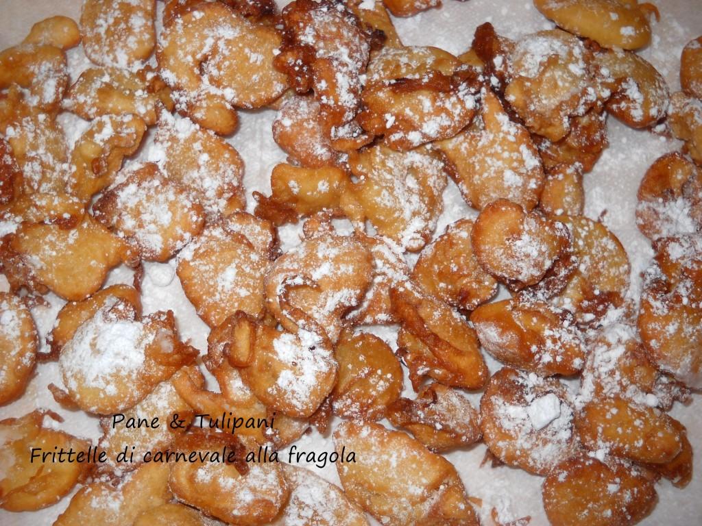 Frittelle di carnevale alla fragola.1