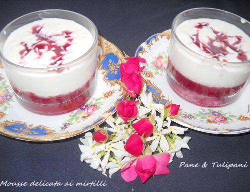 Mousse delicata ai mirtilli
