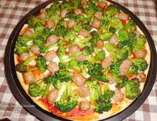 Pizza bellavista con salsiccia e broccoletti