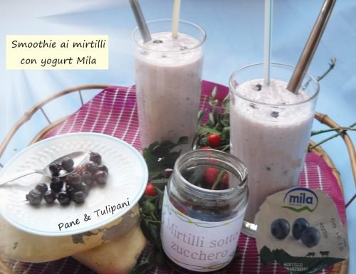 Smoothie ai mirtilli con yogurt Mila