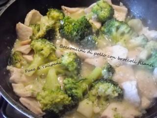 Bocconcini di pollo con broccoli filanti.6