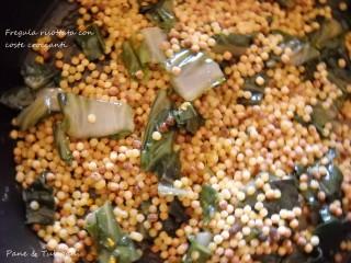 Fregula risottata con coste croccanti.5