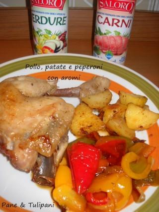 Pollo, patate e peperoni fritti con aromi.2