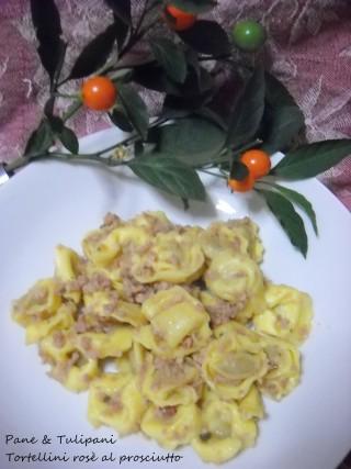 Tortellini rosè al prosciutto.6