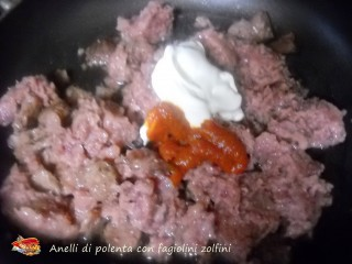 Anelli di polenta con fagiolini zolfini.1
