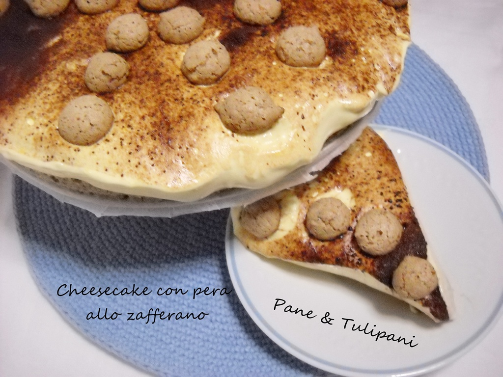 Cheesecake con pera allo zafferano.
