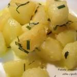 Patate croccanti con erba cipollina