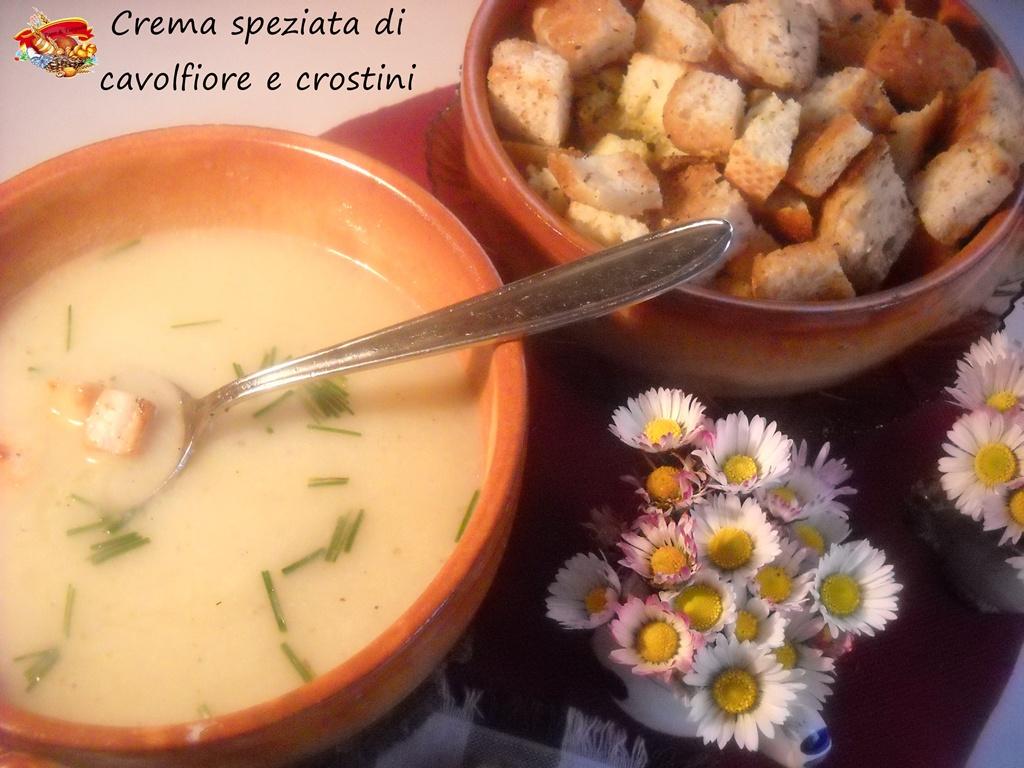 crema speziata di cavolfiore e crostini