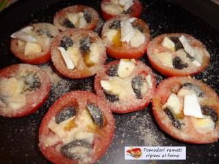 Pomodori ramati ripieni al forno.2