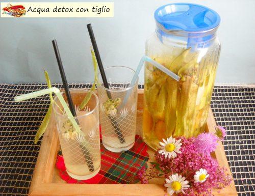 Acqua detox con tiglio