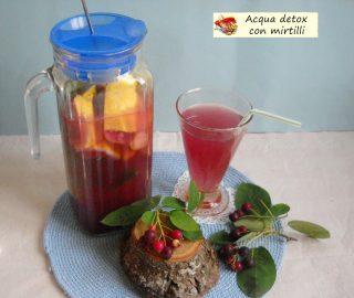 Acqua detox con mirtilli