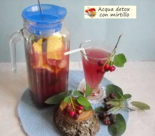 Acqua detox con mirtilli.4