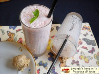 Smoothie lamponi e fragoline di bosco.3