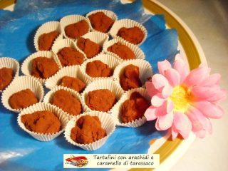 Tartufini con arachidi e caramello di tarassaco