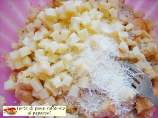 Torta di pane raffermo ai peperoni.5
