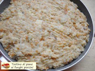 Tortino di pane ai funghi porcini.8