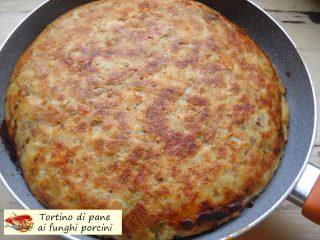 Tortino di pane ai funghi porcini.9