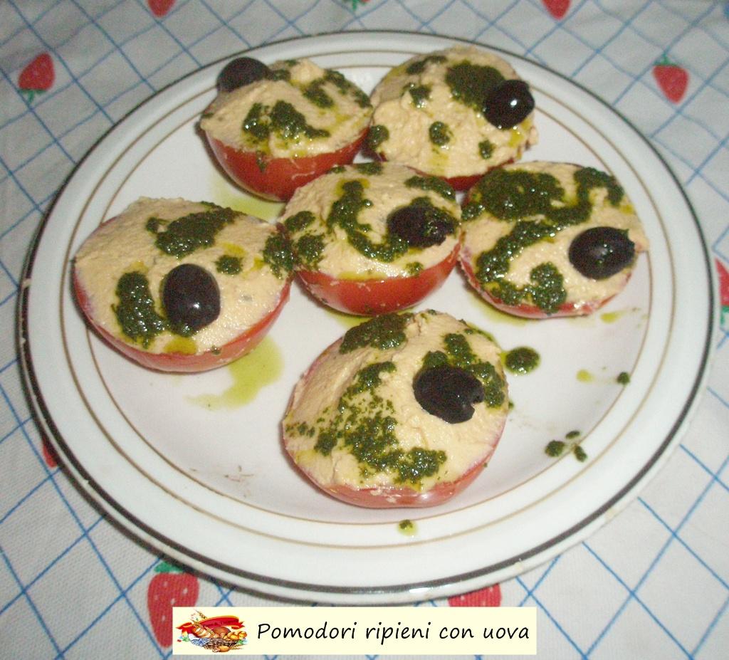 pomodori ripieni con uova