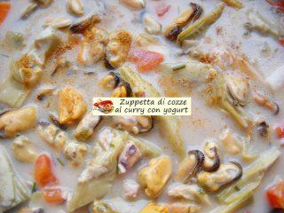 Zuppetta di cozze al curry con yogurt.8