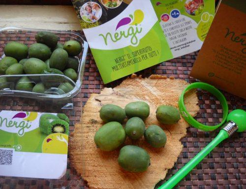 Nergi baby kiwi. Goloso e sfizioso frutto.