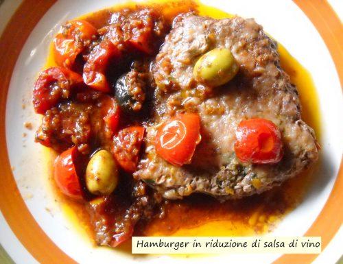 Hamburger in riduzione di salsa di vino