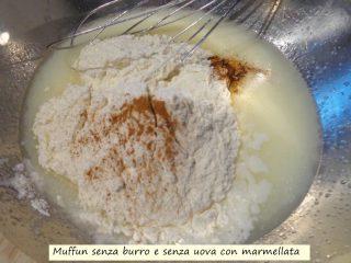 muffin-senza-burro-e-senza-uova-con-marmellata-4