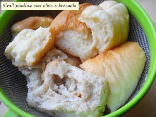 Simil piadina con olive e bresaola.2