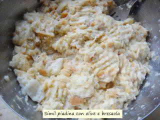 Simil piadina con olive e bresaola.4