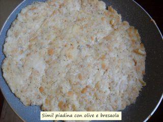 Simil piadina con olive e bresaola.5