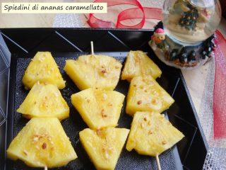 Spiedini-di-ananas-caramellato-
