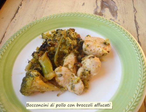 Bocconcini di pollo con brocculi affucati