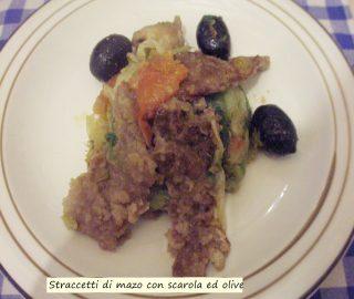 Ssraccetti di manzo con scarola ed olive