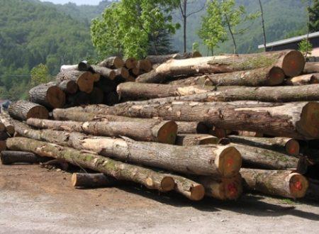 Romano Geom. Corrado. Lavorazione artigianale del legno.